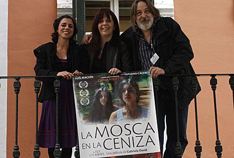 María Laura Caccamo, la directora Gabriela David y Enrique Carlos Angelieri.   E. Domínguez