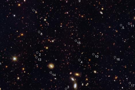 Las galaxias enanas, señaladas con números, que captó el Hubble.| 'Nature'