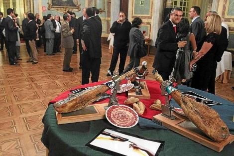 Celebración de la presentación de la cosecha de jamones de Guijuelo. | Ical