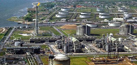 Imagen de archivo de las instalaciones de Shell en el Delta del Níger. | Afp