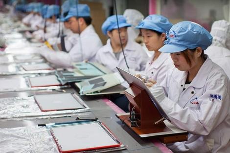 Imagen de una factoría de ensamblaje del MacBook Pro en Shanghai, China. | Apple