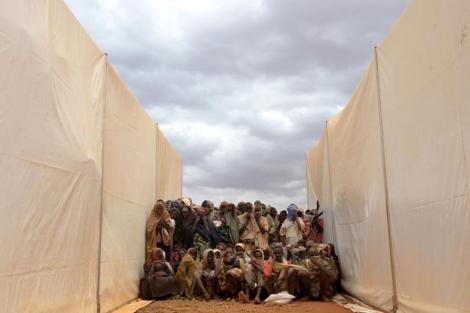 Refugiados somalíes en el campamento Dadaab de Kenia. | Afp