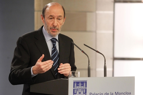 El líder de la oposición,Alfredo Pérez Rubalcaba, después del encuentro con Rajoy. | José Aymá
