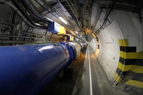 Un fragmento del anillo subterráneo del LHC, en el CERN de Ginebra. | AP