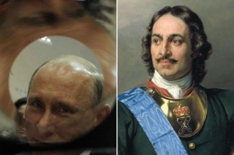 El primer ministro ruso, Vladimir Putin, y el zar Pedro el Grande. | Afp