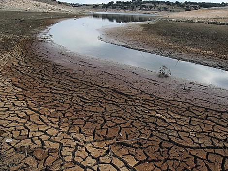 Reserva de agua en Cespedosa, Salamanca. | Efe