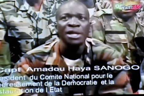 El líder de los golpistas, el capitan Amadou Haya Sanogo.   Afp