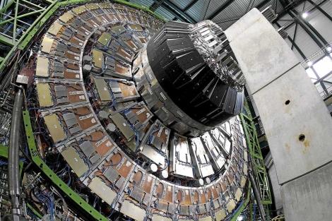 Un componente del LHC en el CERN de Ginebra. | Efe