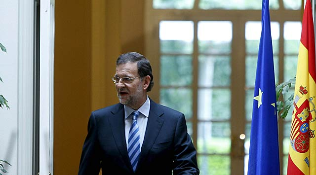 Mariano Rajoy, a su llegada hoy a la rueda de prensa en el Palacio de La Moncloa. | Efe