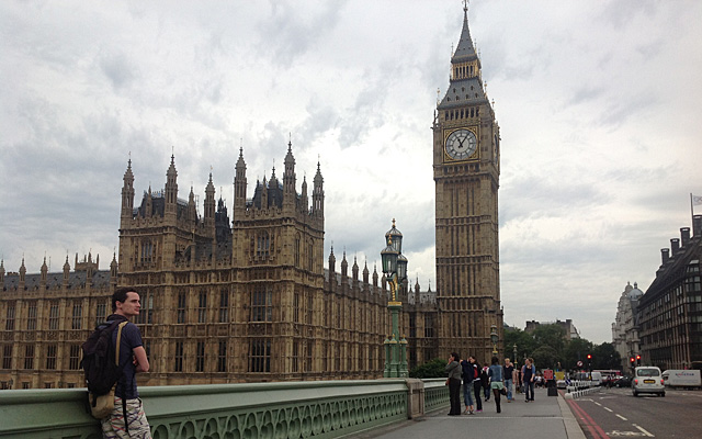 El puente de Westminster, sin apenas turistas. | C. F