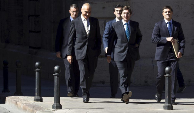 El presidente de Bankia (c), José Ignacio Goirigolzarri. | Vicent Bosch