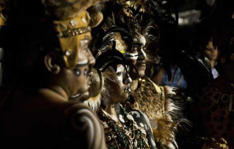 Representación de un ritual maya en México. | Efe
