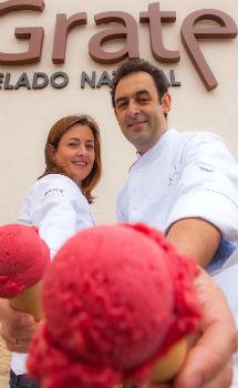 Fernando y Angelines, en su obrador.