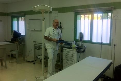 Samuel Andújar Núñez, en la consulta de la prisión. | El Mundo