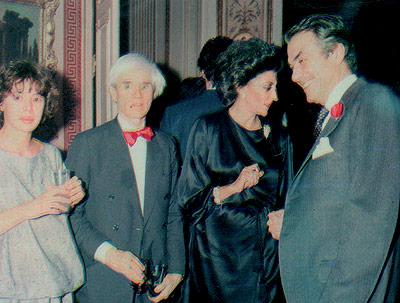 Warhol en Madrid, el año que se crea la Movida Madrileña, junto a A. Ruiz de la Prada y Pitita Ridruejo