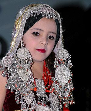 de las niñas de 13 años que ha participado en el desfile de moda de